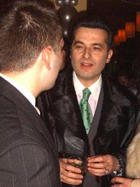 Евгени Минчев преживява шока от обира на промоция с Устата