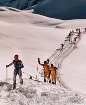 Дъщерята на Светлин Русев с победа в състезанието по ски-алпинизъм