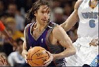 Финикс излезе на първо място в НБА след победа над Денвър