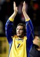 Украйна и Италия водят убедително в групите си за Мондиал 2006
