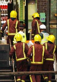 40 души загинаха при терористичните удари в Лондон, 300 са ранени