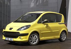 Ръстът на продажбите на нови автомобили остава над 50%