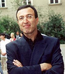 Издигнаха кандидатурата на Петър Стоянов за председател на СДС
