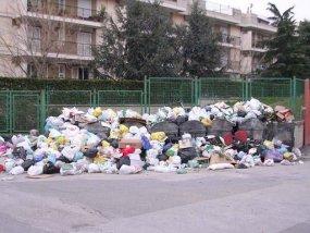И в Неапол имат проблеми с боклука