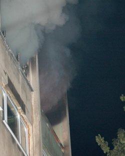"Пожарникар падна от третия етаж на блок в ""Младост 4"""