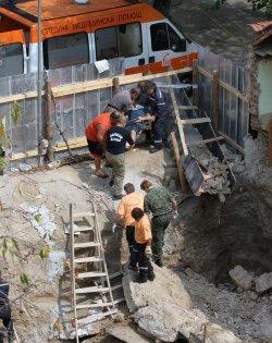 Трима работници загинаха, затрупани на строеж