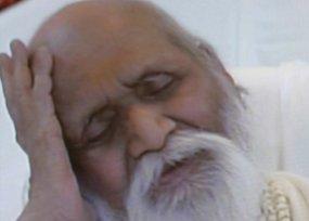 Бащата на трансцеденталната медитация почина