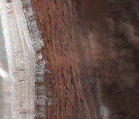 Лавини на Марс