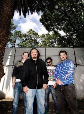 Molotov, Babyface Clan и Светльо & The Legends. Какво друго!