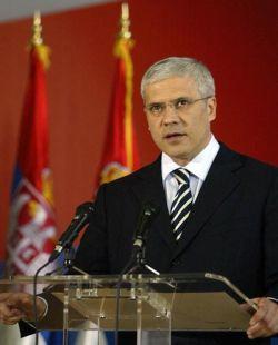 Тадич гради коалиция за европейска Сърбия