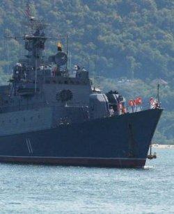 Блокираха Военноморска база Варна – разследват контрабанда