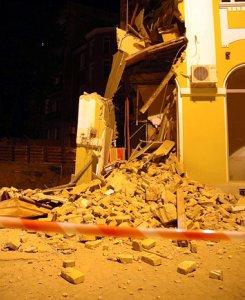 Срути се сграда в центъра на Видин
