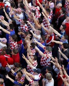Хърватия докосна 1/4-финалите, Австрия и Полша със зрелищно 1:1
