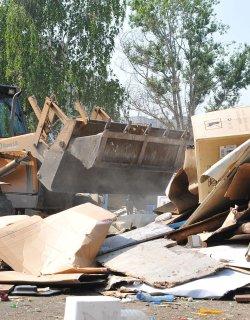 Бутат незаконни ромски постройки в Пловдив