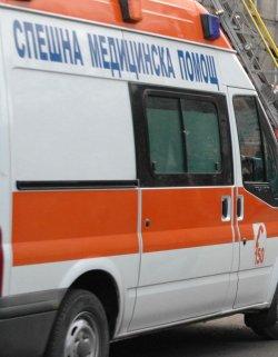 Пак блъснаха линейка в София