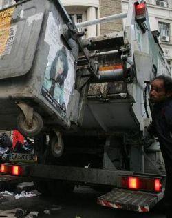 Станишев: Има желаещи да приберат боклука на София