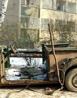 В Бургас си плюха на ръцете: Вдигат старите автомобили