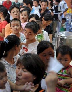 Китайска компания е крила за заразеното мляко месеци наред