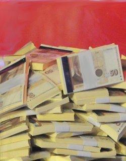 ДПС замириса яко: Парите идвали във войнишки мешки, всеки взимал