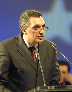 Костов: ДПС е мафия, маскирана като партия