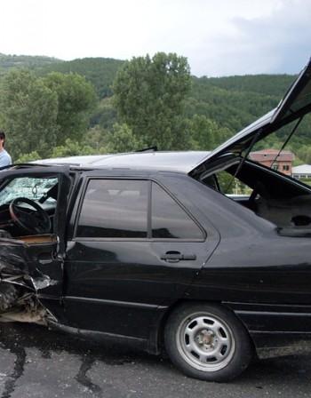 Мистерия около катастрофа с кола от кортежа на Станишев