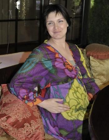 Жени Калканджиева има син