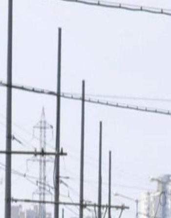 В Русе се появиха маратонки по жиците