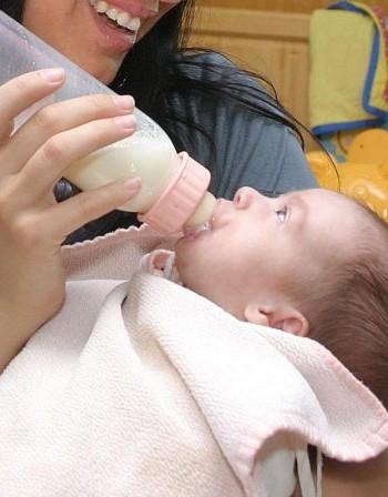 Инджи, изпий си, мама, млякото