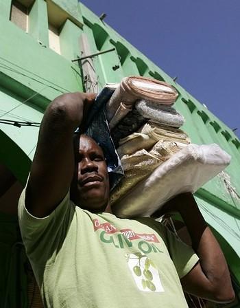 Нелегалните земеделски работници в Италия били към 100 000