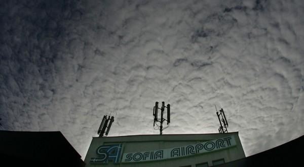 Затваряме въздушното пространство над Варна