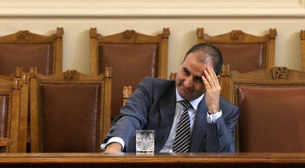 МВР шефът: Мафията си има държава