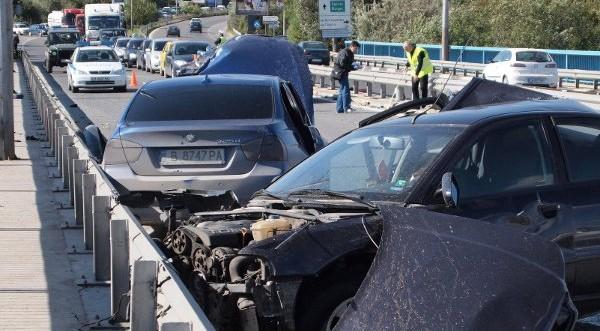 Четирима ранени при тежка катастрофа на Аспаруховия мост