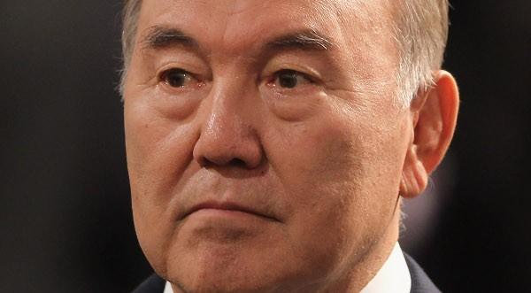 95,5% за Назарбаев на предсрочния президентски вот в Казахстан