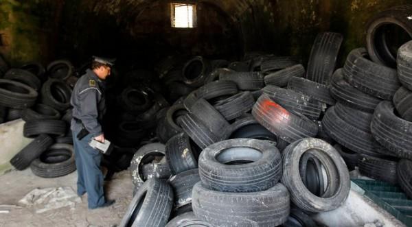 Армията на борба с боклука в Неапол