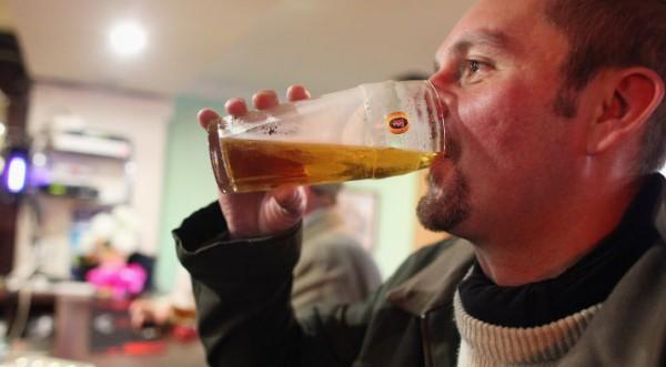 Редовното пийване – по-полезно от въздържанието