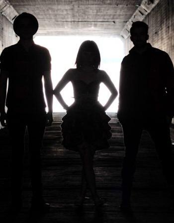 Paramore смениха Здрач с Трансформърс