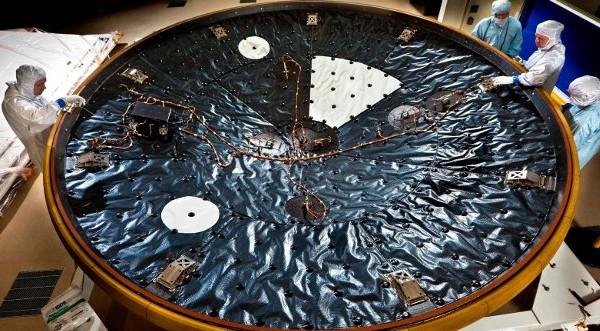 """Марсоходът """"Кюриосити"""" се нуждае от допълнителни средства"""