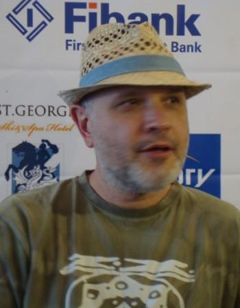 Антони Дончев: Бендът на БНР ми е нов. И ми е тръпка!