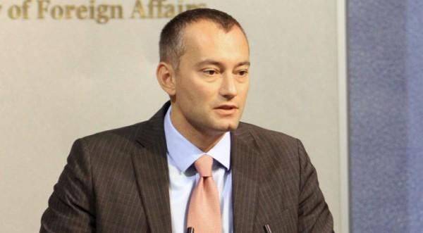 Младенов скръцна със зъби: Не сме втора ръка в Европа