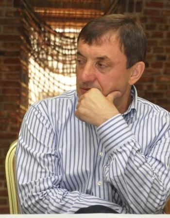Алексей Петров 15 г. защитавал малкия и средния бизнес