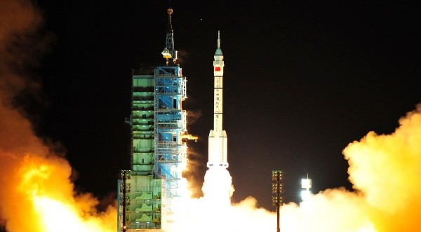 Китай изстреля безпилотен космически кораб