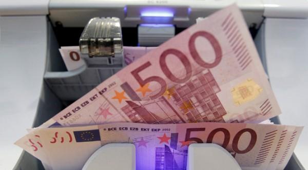 Корупцията и данъчните измами гълтат по 13 млрд. евро годишно в Гърция
