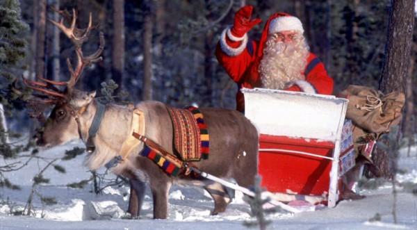Дядо Коледа се отправи на традиционното си пътешествие