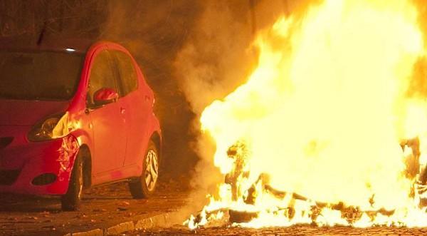 """Постоянен арест за подпалвач на коли в """"Люлин"""""""