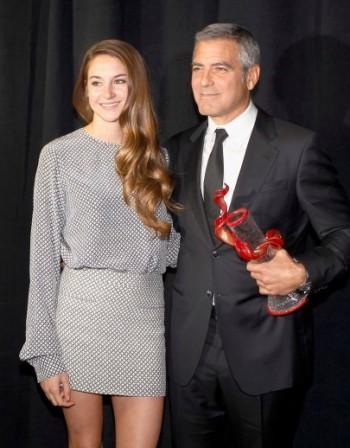 Джордж Клуни и Глен Клоуз с награди на фестивала в Палм спрингс