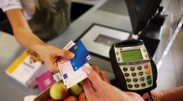 1 на всеки 7 евро, похарчени в Европа, е с карти Visa
