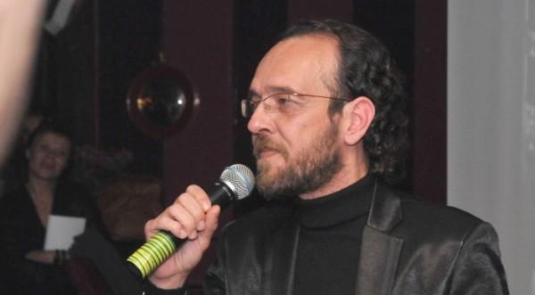 Дим Дуков на апаратно дишане след операция