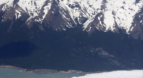 В Чили откраднаха 5 тона хилядолетен лед
