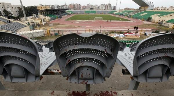 Нови сблъсъци в Кайро заради футболната трагедия
