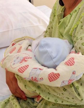 Издирват майка, изоставила бебето си в болницата в Ямбол